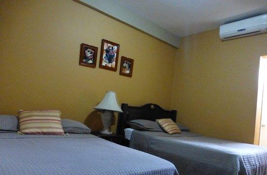 Hotel Casa de Espana : Habitaciones