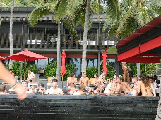 The COAST Resort - Koh Phangan: Pool & Bar