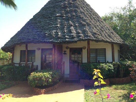 Ras Nungwi Beach Hotel: Garden View Rooms