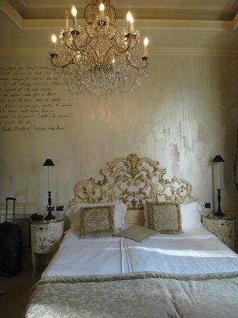 Hotel San Anselmo: Our romantic and beatiful room