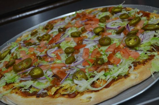Mac's Market & The Gridiron: WOW! Check out that Taco Pizza!