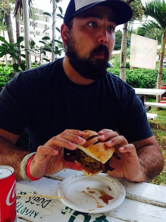 VJ's North Shore Dogs & Burgers: Nothing better than a Big Kahuna after skydiving