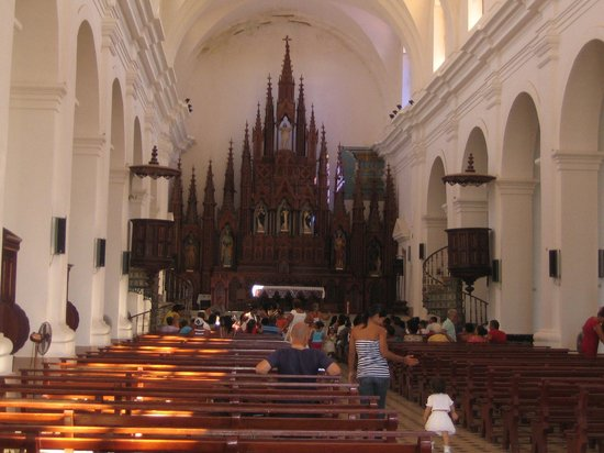 Iglesia Parroquial Mayor del Espiritu Santo : altar mayor