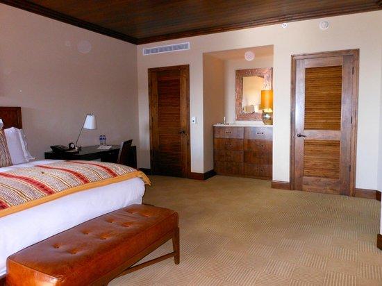 The Ritz-Carlton, Dove Mountain: one BR suite