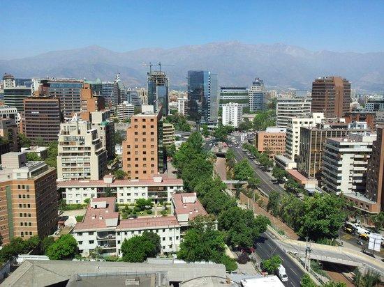 NH Collection Plaza Santiago : Vista do quarto