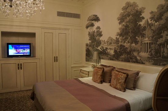 Hotel Hermitage Monte-Carlo: Another pic of the room!