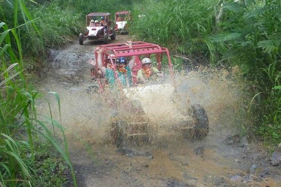 Kauai ATV Tours: Getting Dirty!