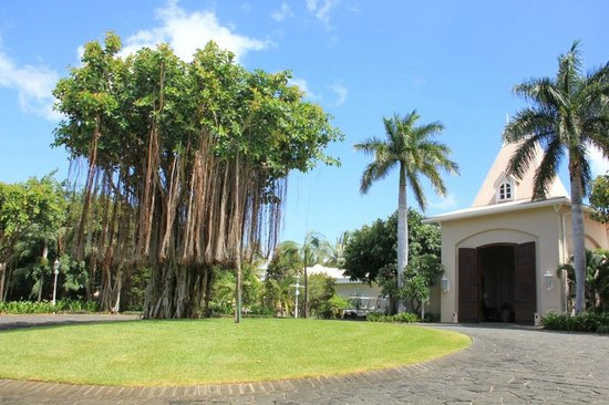 Sugar Beach Mauritius: view about the hall gate