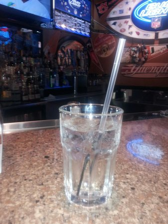 Blue Moose Burgers & Wings: The best rum and tonic I ever had!