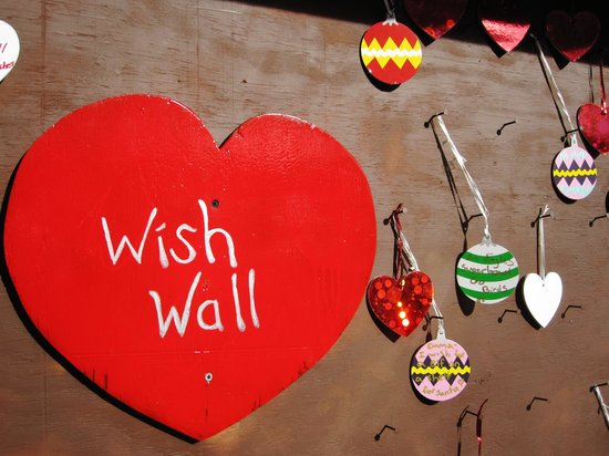 Love Park: wish well