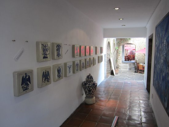 Casareyna Hotel: Contemporary Mexican style