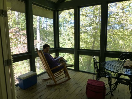 Bogue Chitto State Park Lodging: Porch overlooking woods