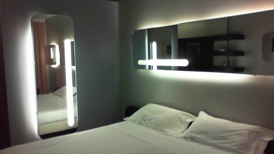 Hotel San Ranieri: TV