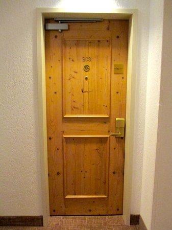 Sheraton München Airport Hotel: Room Door