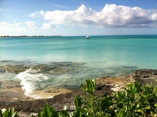 Cape Santa Maria Beach Resort & Villas: Morning