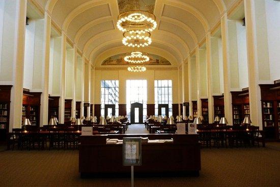 Nashville Public Library: Reading room