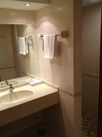 Copthorne Airport Hotel Dubai: clean hotel