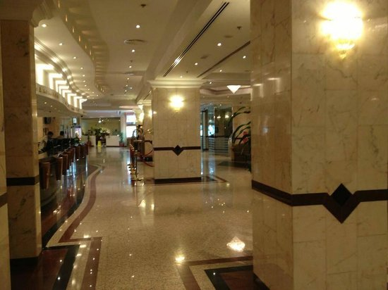 Copthorne Airport Hotel Dubai: excllent location few minutes from the airport