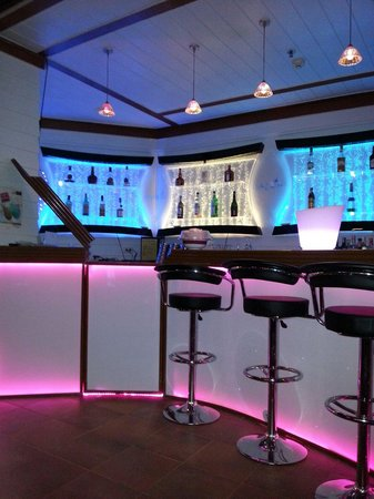 Mercure Pattaya Hotel : The Lobby Bar