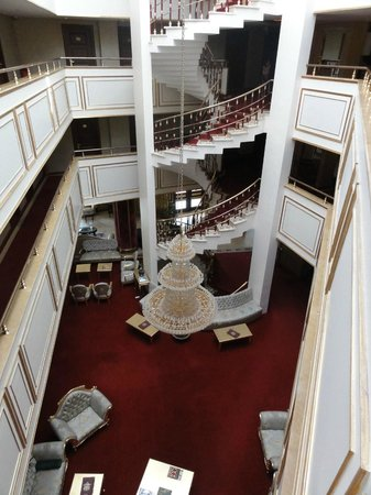 Best Western Antea Palace Hotel & Spa: Lobby and restaurant area below