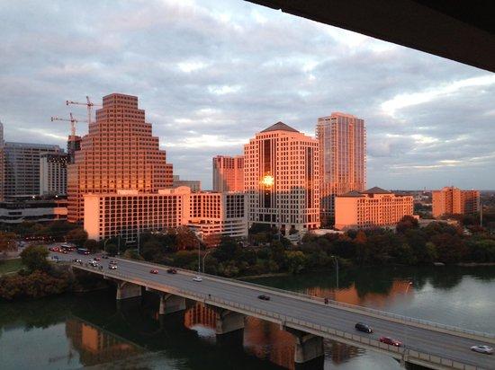 Hyatt Regency Austin: 3