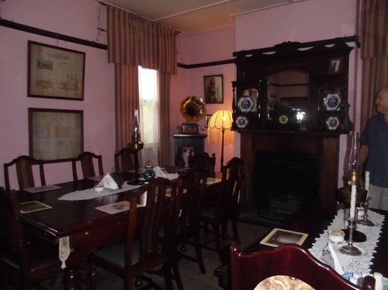 Comet Inn : Dining room area