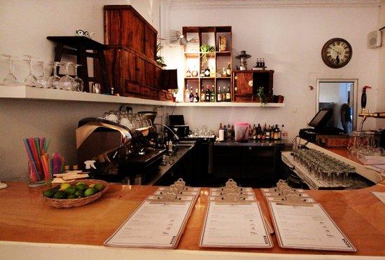 Jaan Bai Restaurant : bar