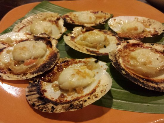 Ocho Seafood Grill : Baked scallops