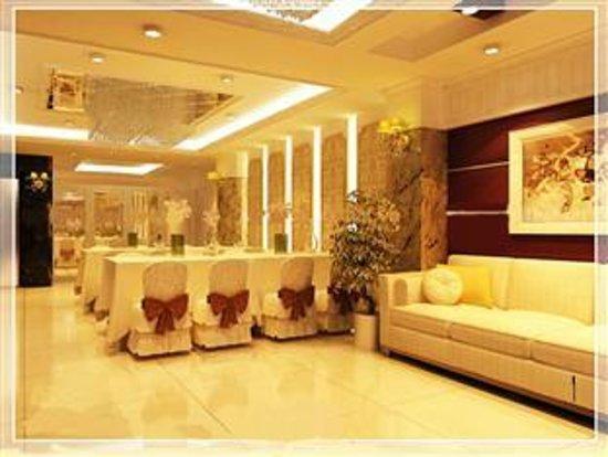 Thai Son Grand Hotel: Lobby