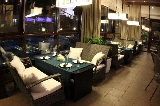 'Symposium' Restaurant