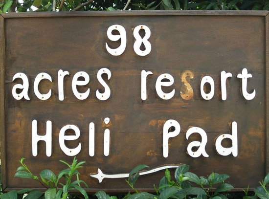 98 Acres Resort and Spa: Helipad