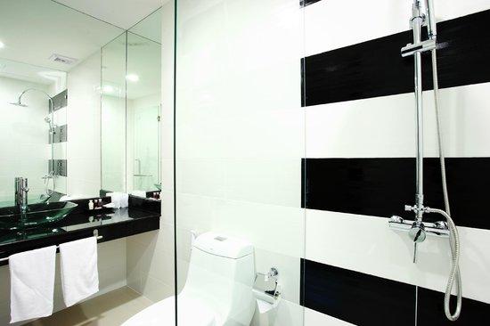 Baan Sabai Phuket : Bathroom