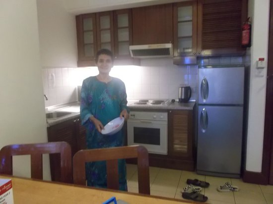Nomad SuCasa All Suite Hotel: kitchen area