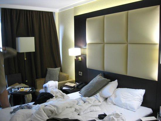 Premier Hotel Dnister: room