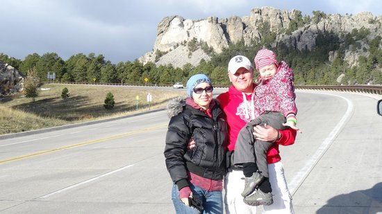 Mount Rushmore National Memorial: great view from the road too