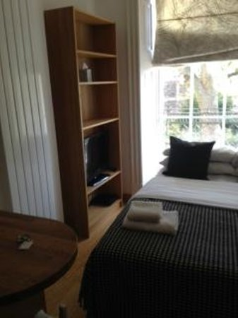 Studios2Let Serviced Apartments - Cartwright Gardens: chambre