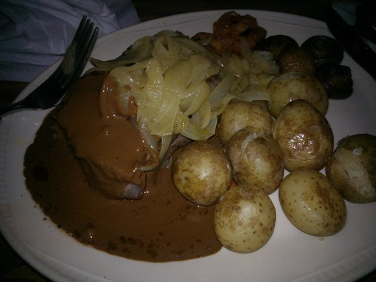 Carrbridge Hotel: Sirloin Steak with Pepper Sauce