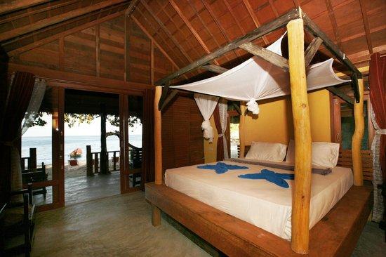 Mai Pen Rai Bungalows: Habitacion de los bungalows de la Playa