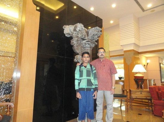 Trident, Cochin: Our Pictures near the lobby