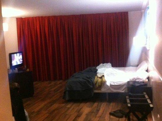 Hotel Exe Prisma: Habitacion principal