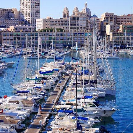 Radisson Blu Hotel, Marseille Vieux Port : 部屋からみた旧港。