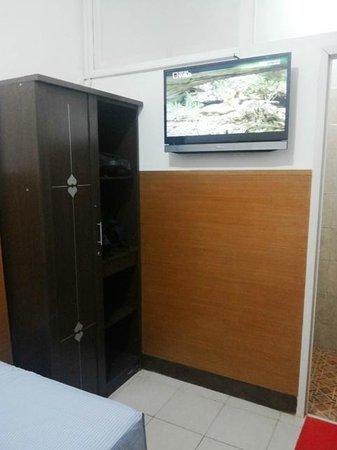SM Residence Pasteur: TV LCD