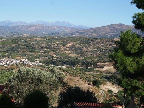 Villa Kerasia: Valley below Kerasia