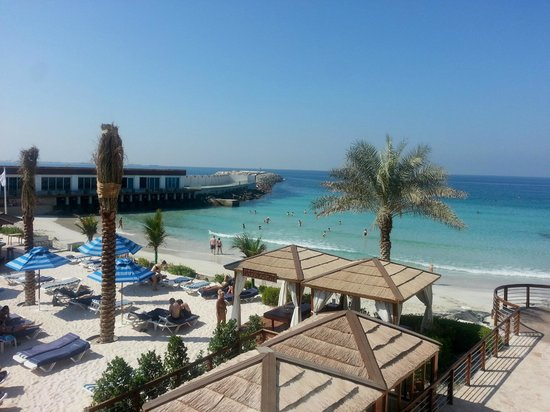 Dubai Marine Beach Resort and Spa : spiaggia