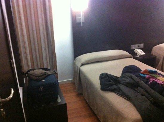 Hotel Maza : camera