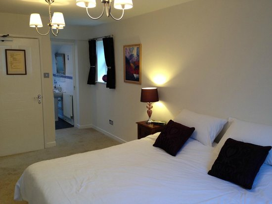 Dragon Inn Crickhowell: Refurbished Room