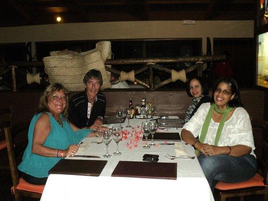 Catalonia Bavaro Beach, Casino & Golf Resort: En el Rodeo con Rocio e Isabel