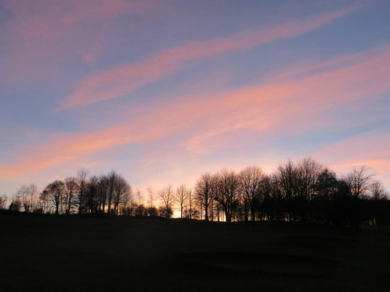 Hellidon Lakes Golf & Spa Hotel : Beautiful sunset at Hellidon Lakes