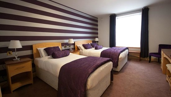 Dublin Airport Manor: Single Double Bedroom