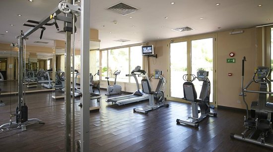 Coral Sea Holiday Village: The workout room